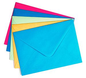 Конверты почтовые бумажные цветные