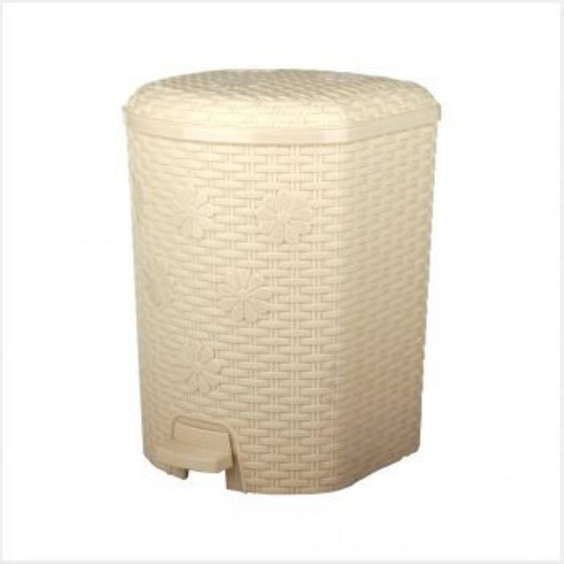 Контейнер для мусора 12л пластик Плетенка педаль слоновая кость