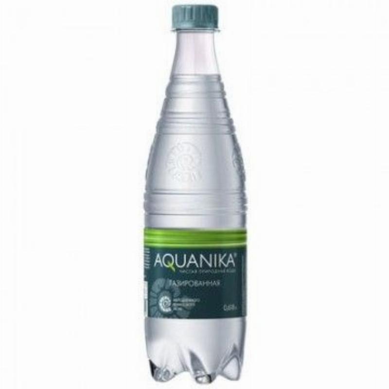 Вода минеральная газированая Акваника премиум 0,618л