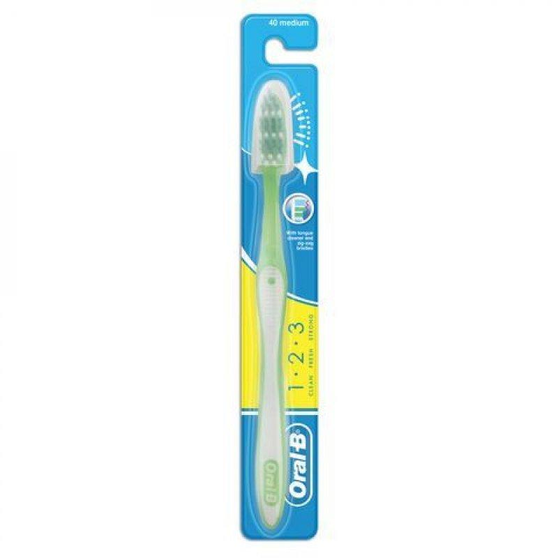 Зубная щетка Орал-Би  1-2-3 Чистота-Свежесть-Сила средняя